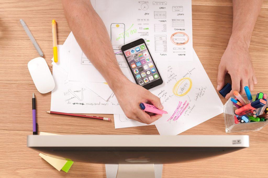Sviluppare app mobile ottimizzando costi ed energie